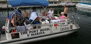 Port Hotel & Marina