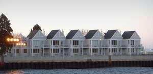 South Pier Inn