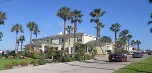 Plantation Suites & Conference Center
