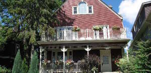 Redwood Bed And Breakfast