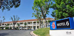 Motel 6 Thousand Oaks South