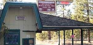Cedar Inn And Suites