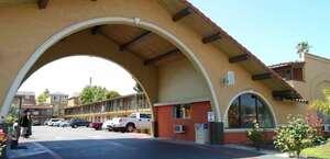 Bella Vista Inn
