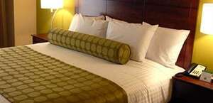 Cobblest Inn And Suites - Marquette