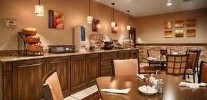 Stevens Inn Restaurant & Lounge